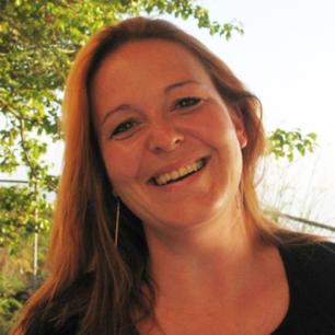 Dr. Astrid Schnetzer